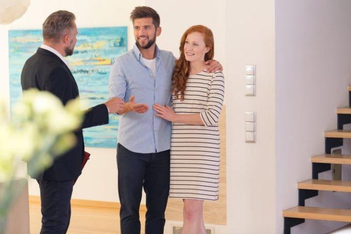 provvigione agenzia immobiliare quando pagare