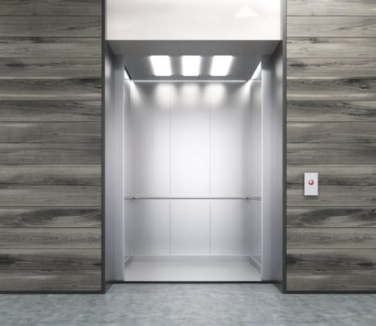 Lavori condominiali regole costi e come suddividere le for Quanto costa un ascensore esterno